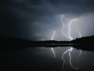 Lightning strikes man in Palmer Rapids