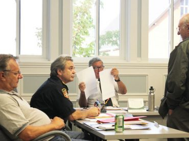Fire bans and waste sites are hot topics at KHR Council
