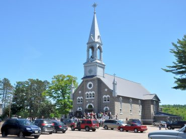 St. Hedwig's celebrates 100 years