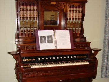 Century-old reed organ being moved to St. Hedwig's for Midnight Mass