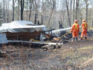 Toddler spots Quadeville brush fire
