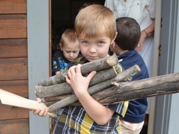 Students go old school at Wilno Heritage Museum