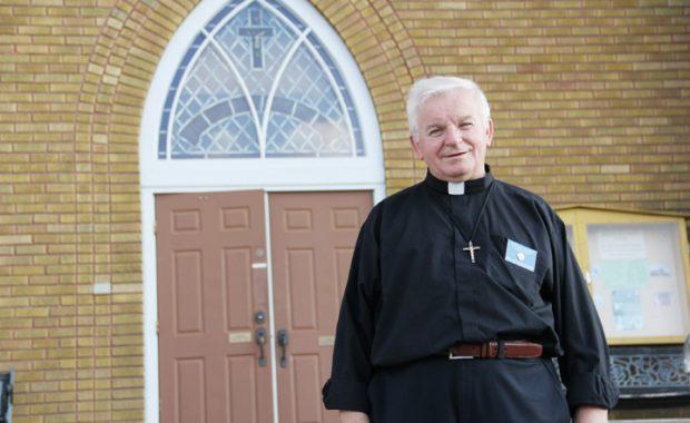 priest - online.jpg