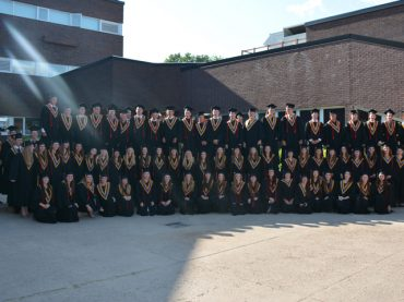 Class of 2016 graduates from MVDHS