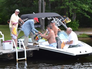 Poker on the water nets thousands for local hospital
