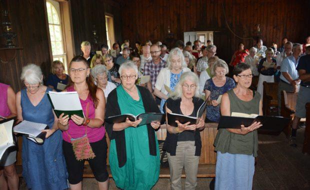 online- rockingham church.jpg