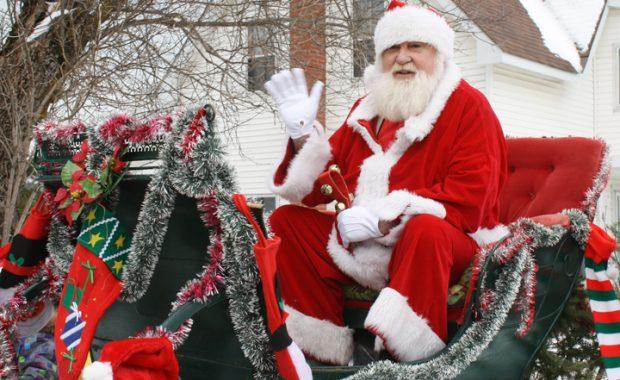 Website - Santas sleigh and parade preview.jpg