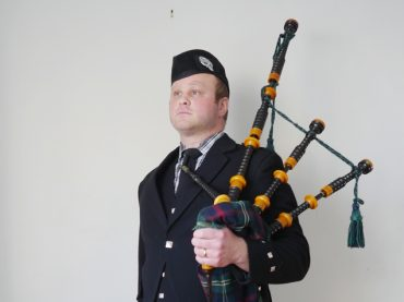 Local bagpiper heading to 100th anniversary of Vimy Ridge