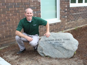 Sherwood says goodbye to Principal Steve Griffiths