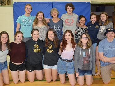MVDHS phys-ed and math teacher set to retire