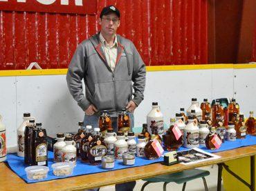Gun show draws vendors from across Ontario and Quebec