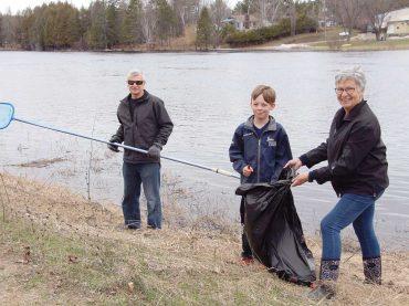 Snow melt reveals litter trail