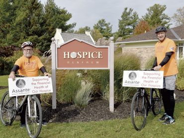 The twins team bike their second ride to raise funds for Hospice Renfrew